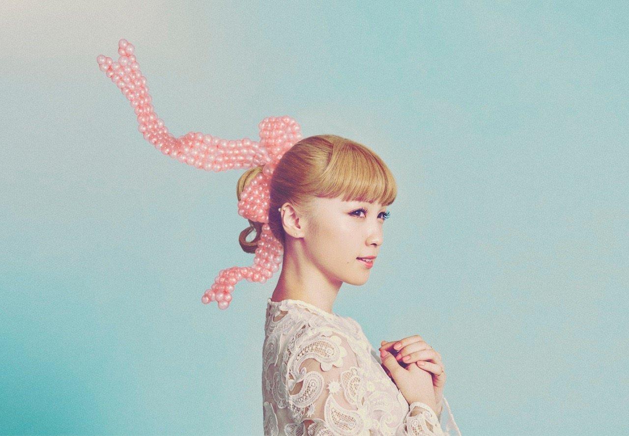 Dream Ami, divulgando seu single Hayaku Aitai